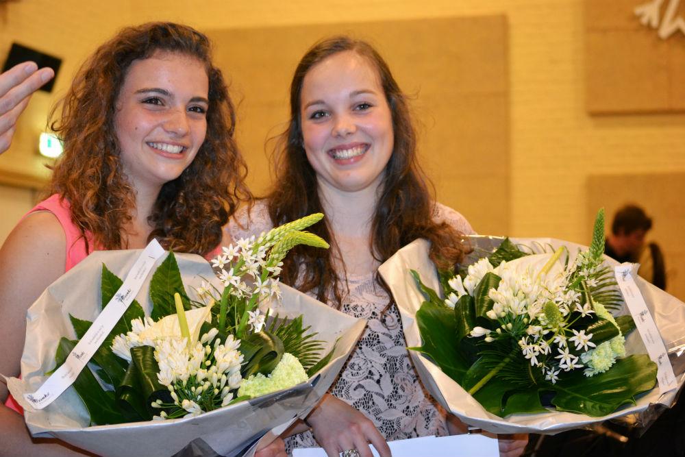 201320621DSC_0941a Lieke en Laura Boekel